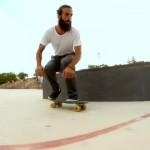 O Manolo Robles κάνει τρομερά κόλπα με ένα Penny Skateboard!