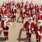 Όταν ο Άγιος Βασίλης σερφάρει